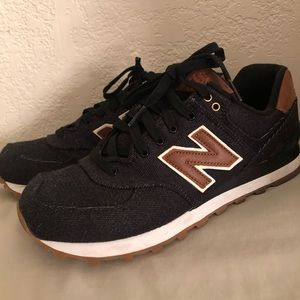 New Balance tennis shoes (NEW)
